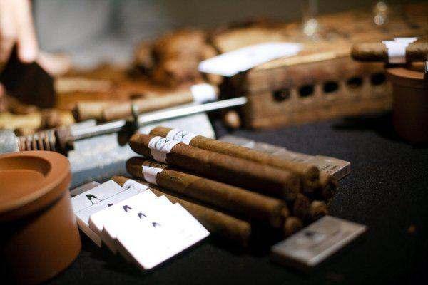 Cigar Roller Service For Weddings In Puerto Rico Tel 1